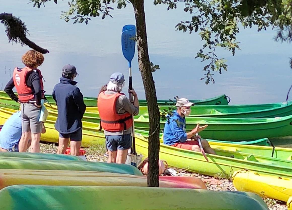 L'attribut alt de cette image est vide, son nom de fichier est aquattitude-base-nautique-canoe-kayak-RECADREE-1160x834.jpeg.