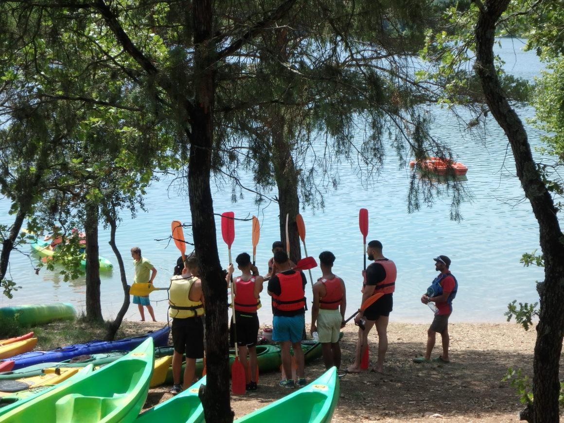 groupe de jeune gorges du verdon canoe kayak